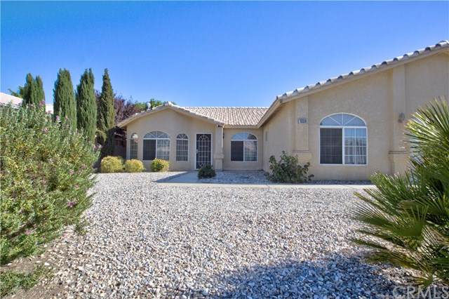 13339 Medicine Bow Court, Victorville, CA 92394 (#IV20162612) :: Team Forss Realty Group