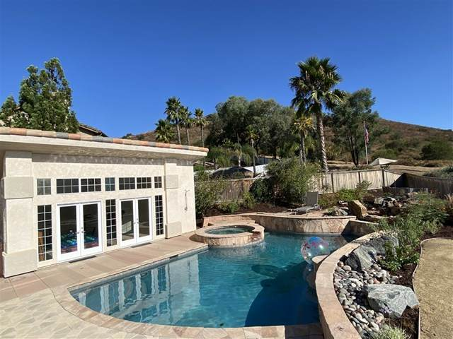 13615 Sunset View Rd, Poway, CA 92064 (#200038569) :: Sperry Residential Group