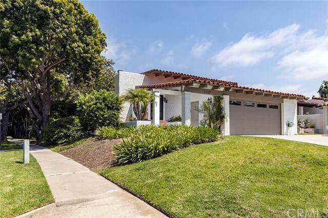 559 Vista Flora, Newport Beach, CA 92660 (#NP20162976) :: The DeBonis Team