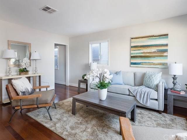 1204 11th Place, Hermosa Beach, CA 90254 (#SB20162498) :: Wendy Rich-Soto and Associates