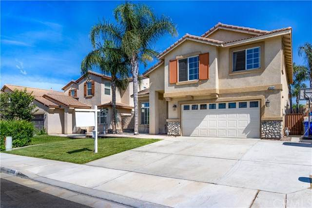 15354 Twinberry Court, Fontana, CA 92336 (#CV20163298) :: Team Forss Realty Group