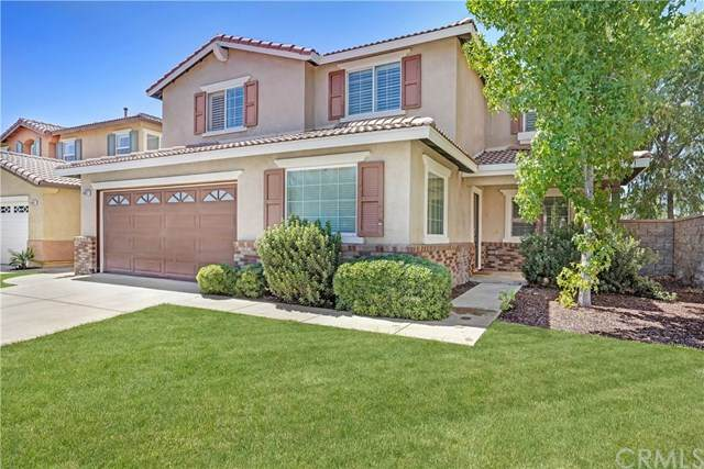 45017 Altissimo Way, Lake Elsinore, CA 92532 (#TR20163645) :: Millman Team