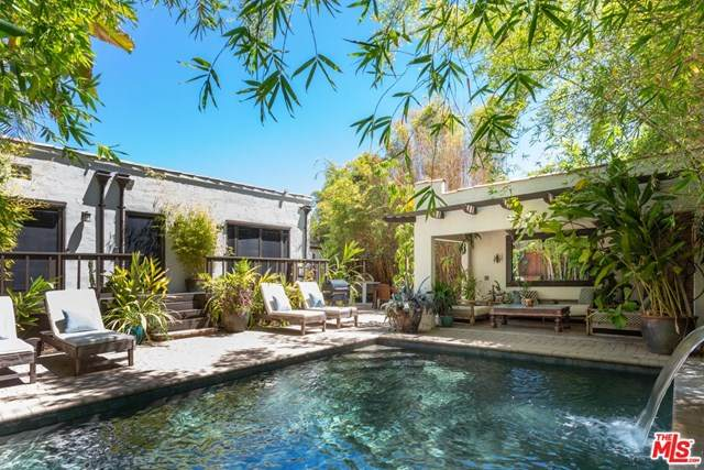 627 N Gower Street, Los Angeles (City), CA 90004 (#20617496) :: Millman Team