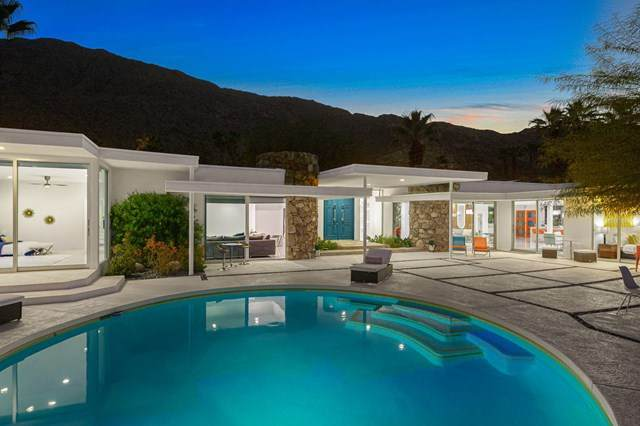 445 S Monte Vista Drive, Palm Springs, CA 92262 (#219047634PS) :: Compass