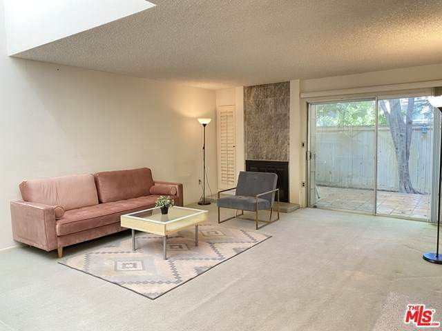 18180 Andrea Circle #2, Northridge, CA 91325 (#20617804) :: Sperry Residential Group