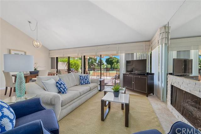 41320 Woodhaven Drive E, Palm Desert, CA 92211 (#PW20164098) :: The Laffins Real Estate Team