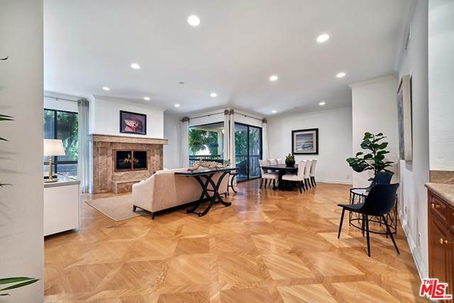 272 S Lasky Drive #102, Beverly Hills, CA 90212 (#20616910) :: eXp Realty of California Inc.
