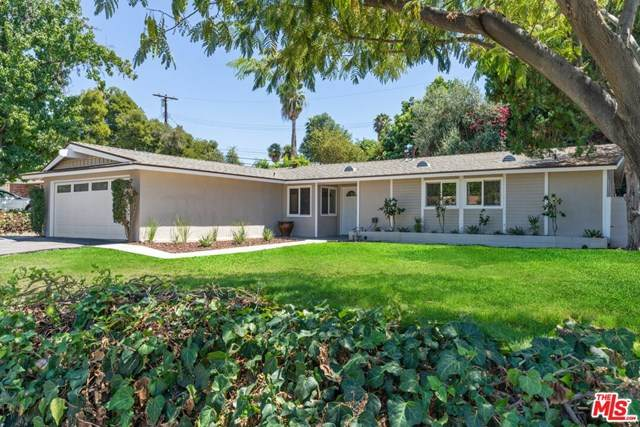 20764 Clarendon Street, Woodland Hills, CA 91367 (#20618072) :: The Najar Group