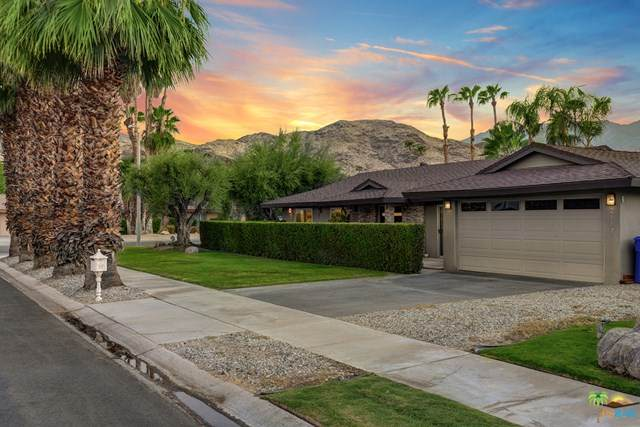 2117 S Divot Lane, Palm Springs, CA 92264 (#20614408) :: eXp Realty of California Inc.