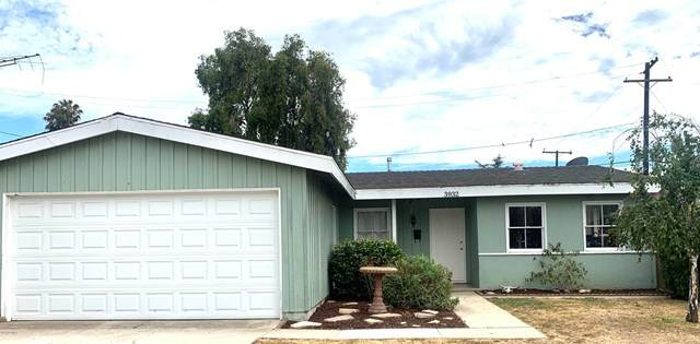 3932 Flower Street, Ventura, CA 93003 (#V0-220008723) :: The Laffins Real Estate Team