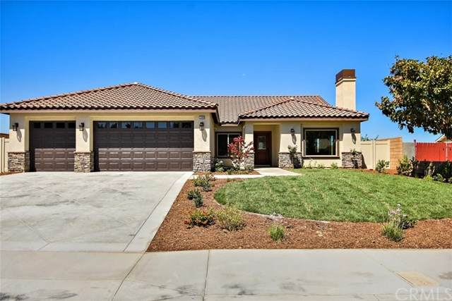 1500 Cedarhill Drive, Riverside, CA 92507 (#IV20163424) :: Wendy Rich-Soto and Associates