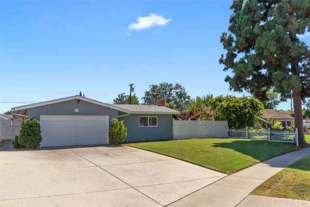 834 E Grove Avenue, Orange, CA 92865 (#PW20163202) :: Sperry Residential Group