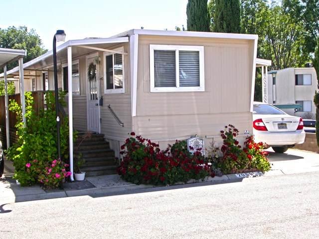2058-54 Rodeo Court #54, Thousand Oaks, CA 91362 (#220008780) :: Compass