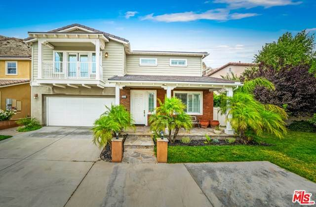 15541 Megan Drive, Canyon Country, CA 91387 (#20618910) :: Veronica Encinas Team
