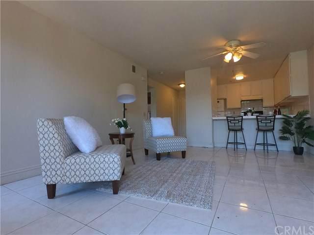 450 E 4th Street #117, Santa Ana, CA 92701 (#PW20162698) :: Sperry Residential Group