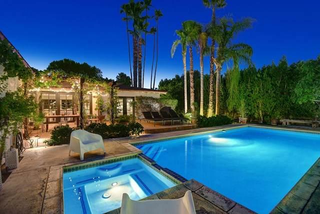 471 Tamarisk Road, Palm Springs, CA 92262 (#219047909DA) :: Team Forss Realty Group