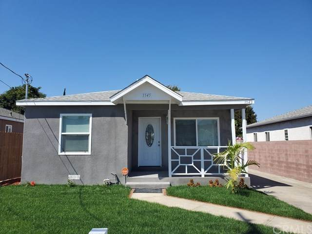 1545 W 216th Street, Torrance, CA 90501 (#DW20168659) :: Team Tami