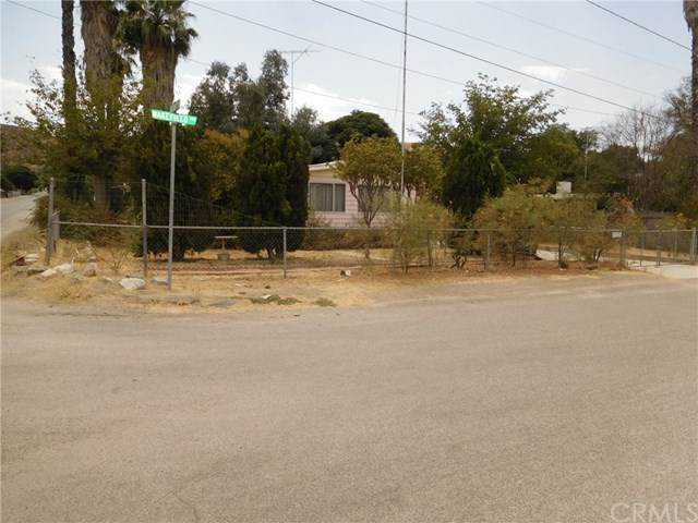 31935 Wakefield Avenue, Homeland, CA 92548 (#SW20168764) :: Berkshire Hathaway HomeServices California Properties