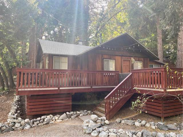 41405 Valley Of The Falls Drive, Forest Falls, CA 92339 (#EV20169381) :: The Najar Group