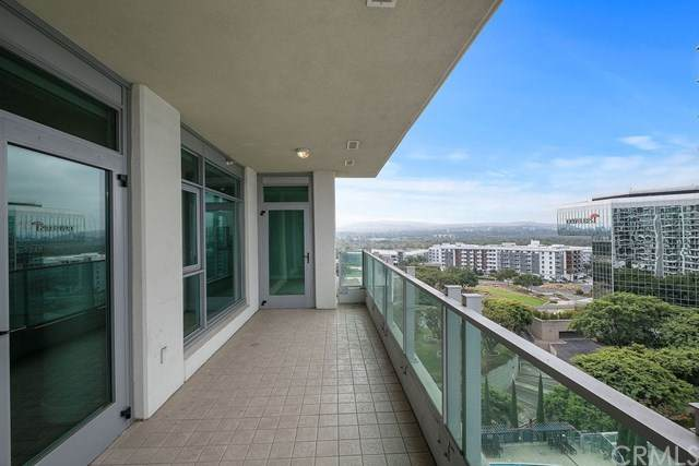 3141 Michelson Drive #1207, Irvine, CA 92612 (#OC20169683) :: Team Forss Realty Group