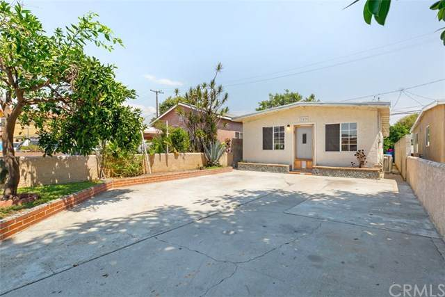 22420 Elaine Ave Avenue, Hawaiian Gardens, CA 90716 (#NP20152287) :: The Laffins Real Estate Team