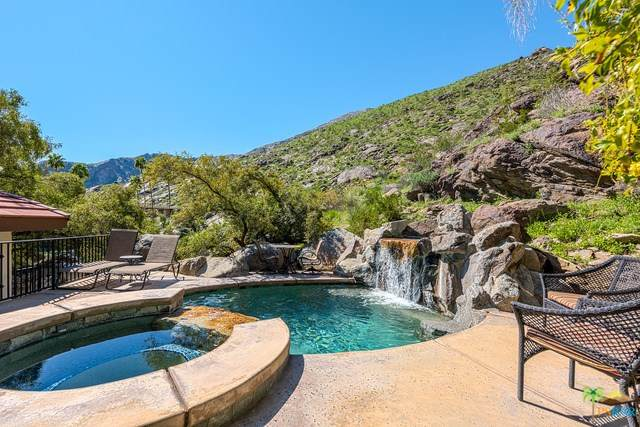 151 S Tahquitz Drive, Palm Springs, CA 92262 (#219048061PS) :: eXp Realty of California Inc.
