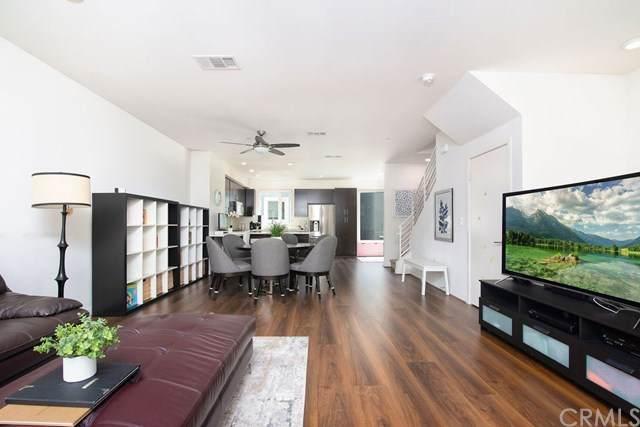 2581 Arvia Street #9, Los Angeles (City), CA 90065 (#PW20171416) :: Go Gabby