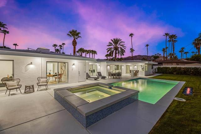 1647 S Calle Marcus, Palm Springs, CA 92264 (#219048202PS) :: Hart Coastal Group