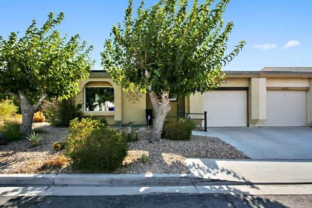 3242 N Mica Drive, Palm Springs, CA 92262 (#219048262DA) :: Hart Coastal Group