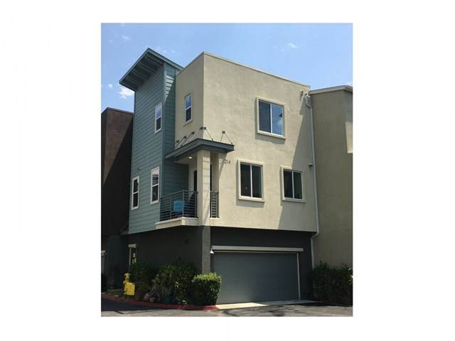 214 Antoni Glen #704, Escondido, CA 92025 (#FR20174894) :: Hart Coastal Group