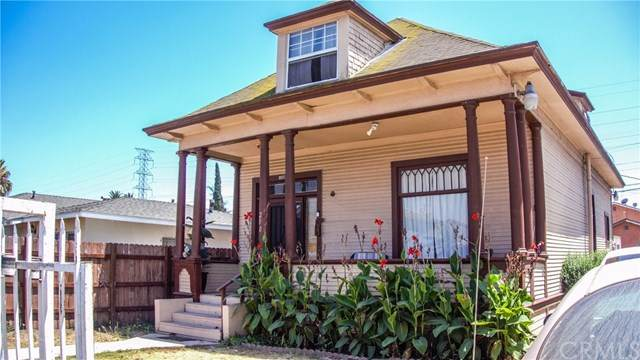 200 W 97th Street, Los Angeles (City), CA 90003 (#RS20177326) :: RE/MAX Masters