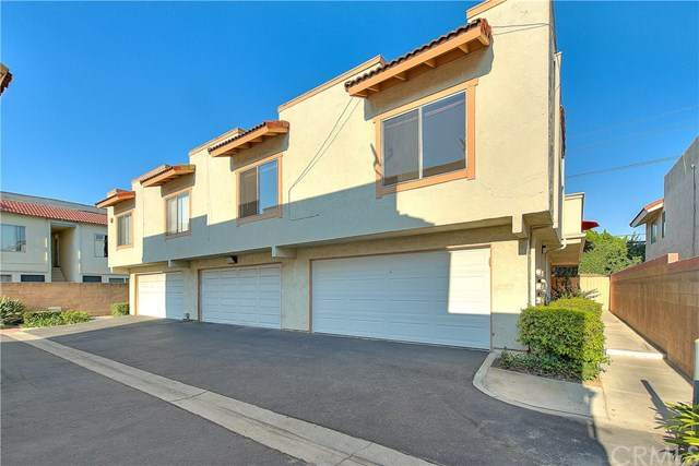 21908 Belshire Avenue #201, Hawaiian Gardens, CA 90716 (#PW20173250) :: The Laffins Real Estate Team