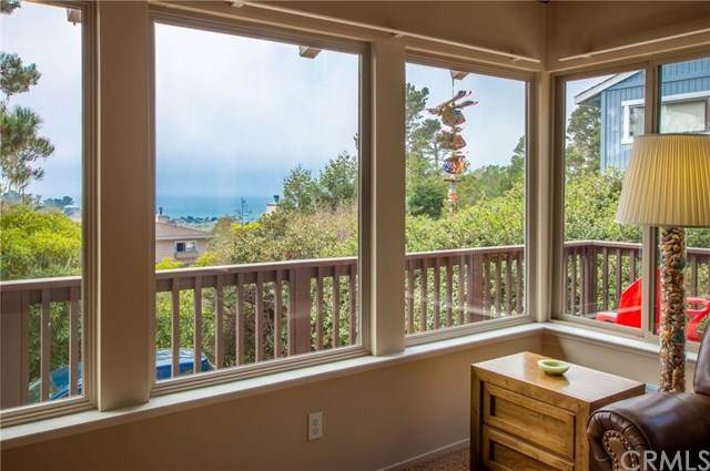 815 Suffolk Street, Cambria, CA 93428 (#SC20173659) :: The Laffins Real Estate Team