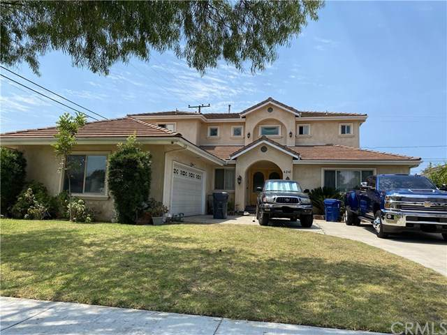 4241 Clubhouse Drive, Lakewood, CA 90712 (#PW20173272) :: Go Gabby