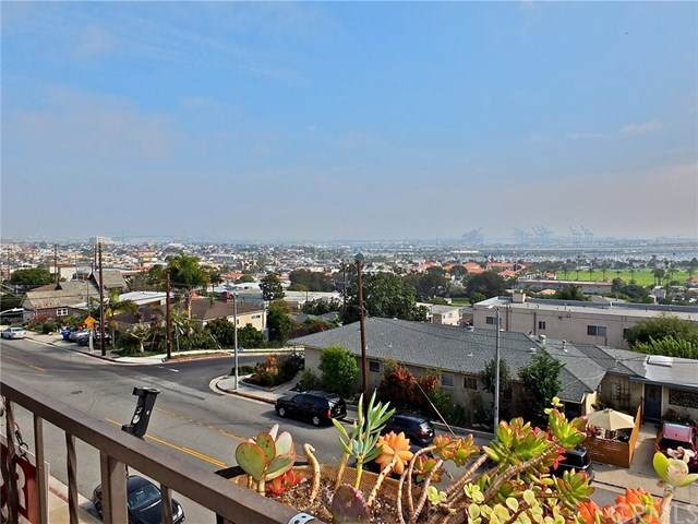 765 W 26th Street #304, San Pedro, CA 90731 (MLS #PW20178368) :: Desert Area Homes For Sale