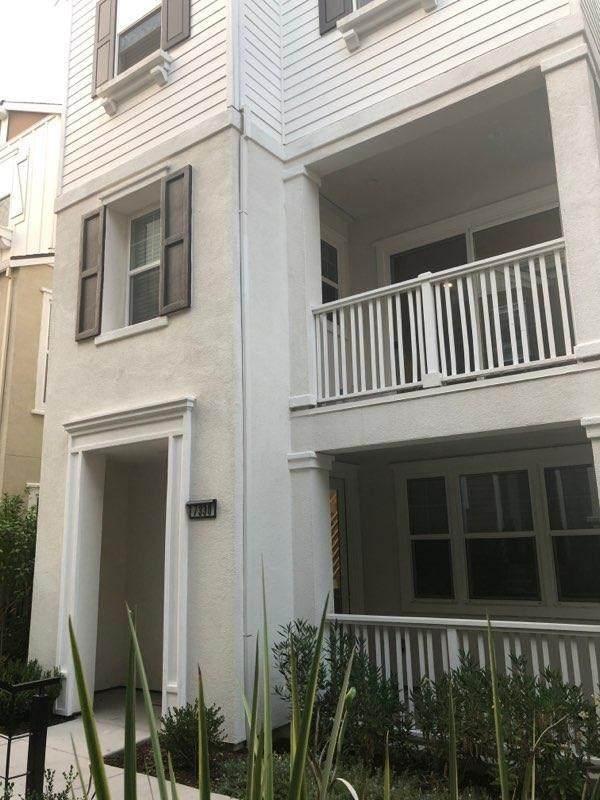 7330 Carneros Lane, Dublin, CA 94568 (#ML81808888) :: eXp Realty of California Inc.