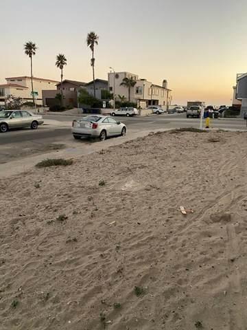202 Ocean Drive, Oxnard, CA 93035 (#V1-1054) :: The Laffins Real Estate Team