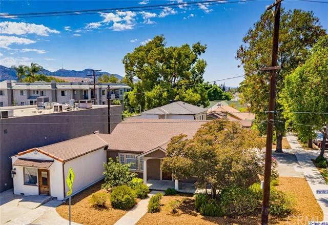 1137 N Pacific Avenue, Glendale, CA 91202 (#320002788) :: The Laffins Real Estate Team