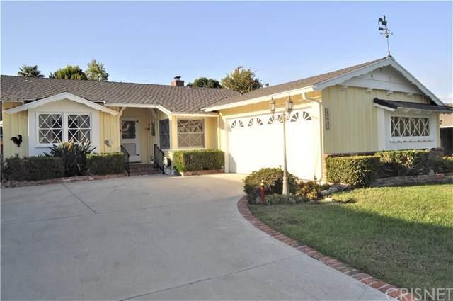 23831 Oxnard Street, Woodland Hills, CA 91367 (#SR20183580) :: Compass