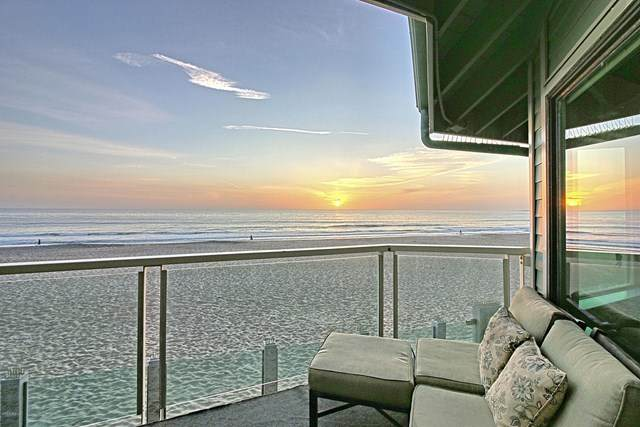 2330 Zephyr Court #201, Ventura, CA 93001 (#V1-1129) :: The Laffins Real Estate Team