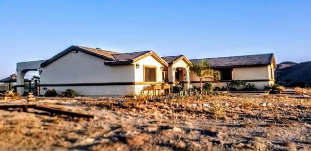 30600 Happy Valley Drive, Desert Hot Springs, CA 92241 (#219049166DA) :: eXp Realty of California Inc.