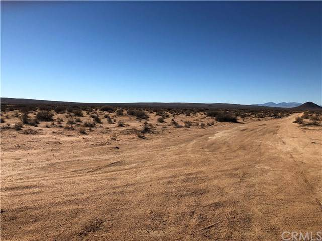 0 140th W., Rosamond, CA 93560 (#WS20186342) :: Rogers Realty Group/Berkshire Hathaway HomeServices California Properties