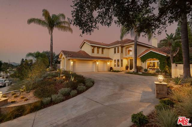 2404 Ranchgrove Drive, Westlake Village, CA 91361 (#20629386) :: The Laffins Real Estate Team