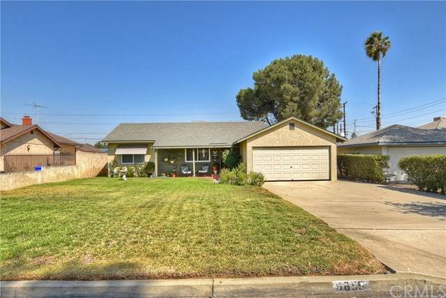 9659 Grace Street, Fontana, CA 92335 (#EV20180928) :: Mainstreet Realtors®