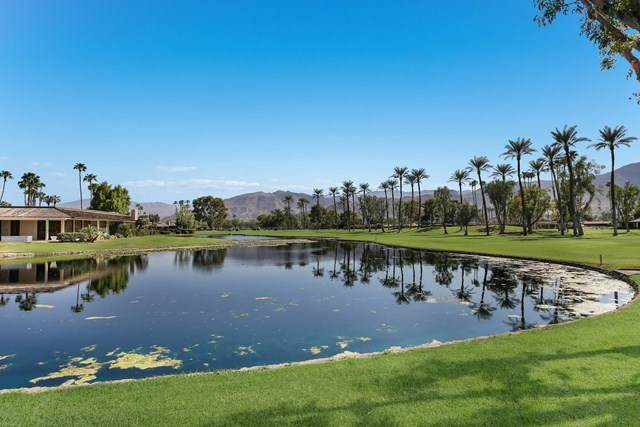 45 Dartmouth Drive, Rancho Mirage, CA 92270 (#219049283PS) :: The Najar Group