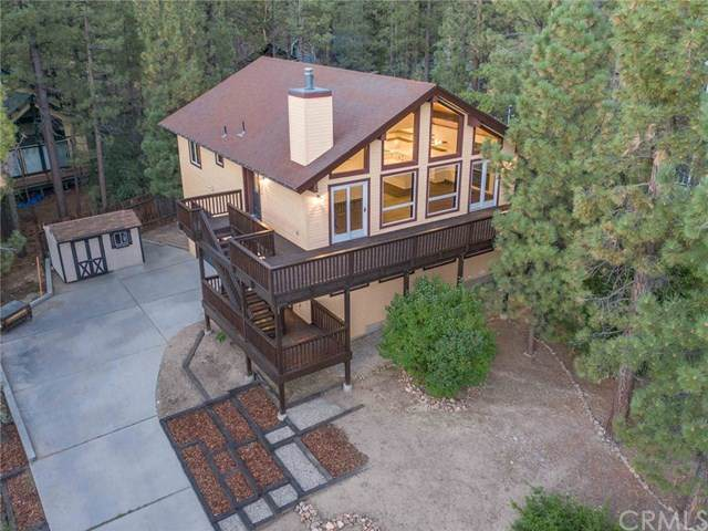 42452 Holiday Lane, Big Bear, CA 92315 (MLS #EV20187032) :: Desert Area Homes For Sale