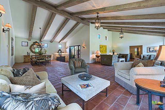 233 W Crestview Drive, Palm Springs, CA 92264 (MLS #20629958) :: Desert Area Homes For Sale