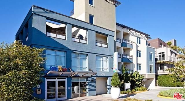 4055 Redwood Avenue - Photo 1