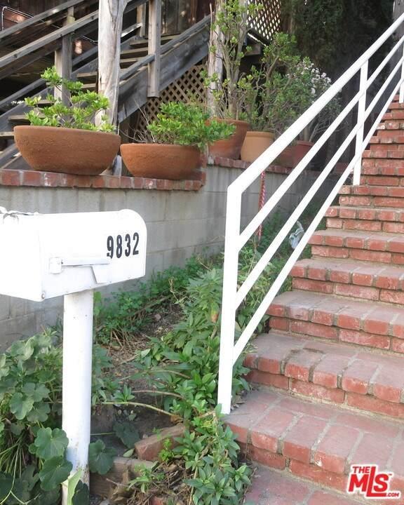 9832 Yoakum Drive - Photo 1