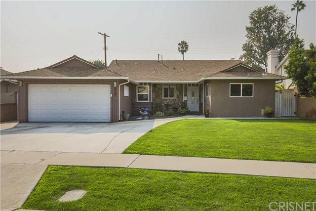 6907 Rubio Avenue, Lake Balboa, CA 91406 (#SR20188389) :: Team Tami